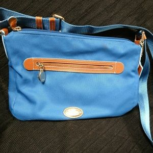 Crossbody blue bag that can be shortened to a hobo